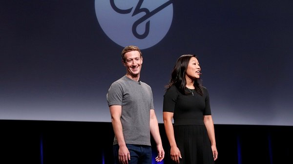ស្ថាបនិក Facebook បរិច្ចាគប្រាក់ ៣ពាន់លានដុល្លារ ដើម្បីព្យាបាល និងការពារពីជំងឺផ្សេងៗ