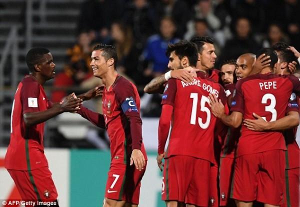 Pogba ស៊ុតមួយគ្រាប់ ជួយឲ្យបារាំង ឈ្នះហូឡង់យប់មិញ ខណៈព័រទុយហ្គាល់ លុតគូប្រកួត ៦-០ ក្នុងវគ្គជម្រុះ World Cup (មានវីដេអូ)